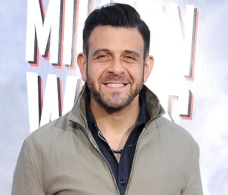Adam Richman Married, Wife, Partner, Girlfriend, Health, Weight, Now