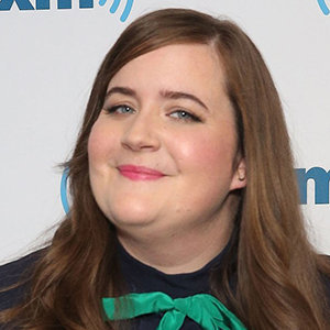 Aidy Bryant Married, Engaged, Boyfriend, Fiance, Weight, Parents, Net Worth