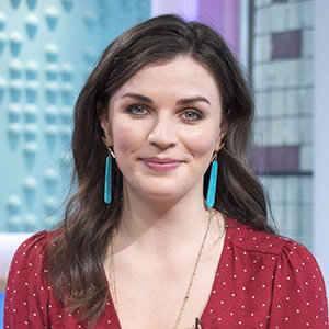 Aisling Bea Wiki: Married, Partner, Gay or Lesbian, Family, Height, Net Worth