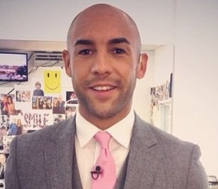 Alex Beresford Married, Wife, Girlfriend, Gay, Relationship, Personal Life