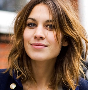 Alexa Chung Married, Boyfriend, Dating, Ethnicity, Family, Net Worth
