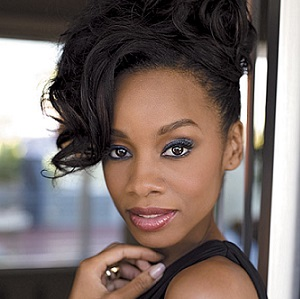 Anika Noni Rose Married, Husband, Boyfriend, Dating, Parents, Net Worth