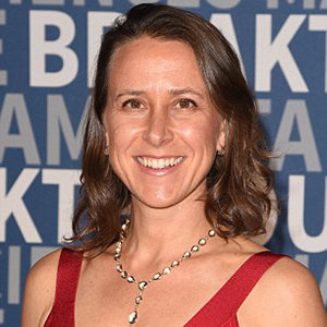 Anne Wojcicki Married, Husband, Divorce, Boyfriend, Affair, Family, Net Worth
