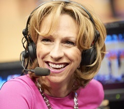 Beth Mowins Married, Husband, Boyfriend, Lesbian or Gay and Salary