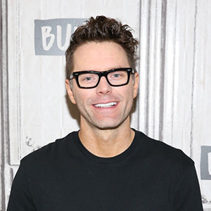 Bobby Bones Married, Girlfriend, Dating, Gay, Height, Family, Net Worth