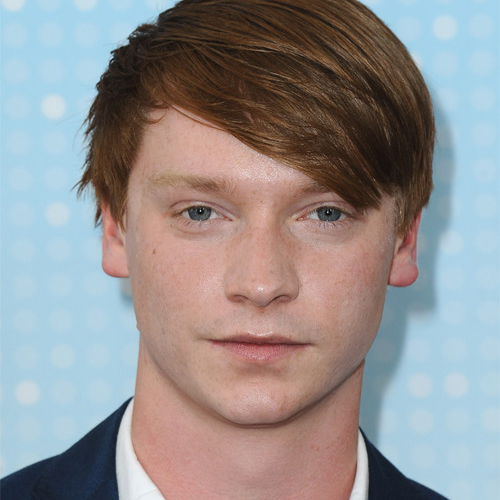 Calum Worthy Wiki, Girlfriend, Dating, Gay, Affairs, Net Worth