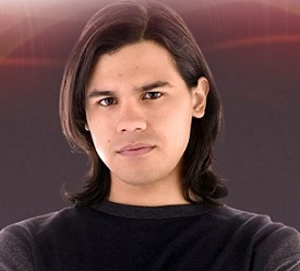 Carlos Valdes Married, Girlfriend, Dating, Gay, Ethnicity, Net Worth, Height