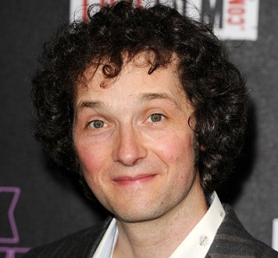 Chris Addison Married, Wife, Girlfriend, Gay, Children, Net Worth, Bio