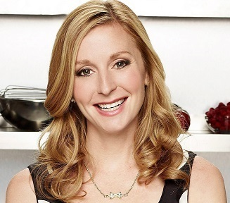 Christina Tosi Birthday, Wedding, Married, Husband, Pregnant, Net Worth