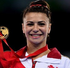 Claudia Fragapane Wiki, Career, Family, Relationship Status, Record, Facts