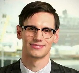 Cory Michael Smith Married, Wife, Girlfriend, Dating, Gay, Interview