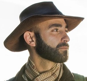 Coyote Peterson Wiki, Age, Married, Wife, Daughter, Family, Net Worth