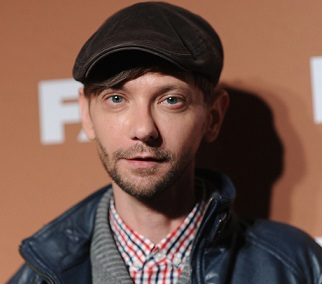 DJ Qualls Wiki, Married, Wife, Girlfriend, Dating, Gay, Net Worth