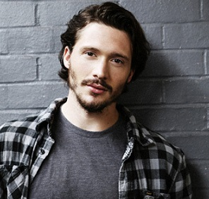 David Oakes Married, Wife, Partner, Girlfriend, Dating, Gay, Height