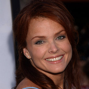 Dina Meyer Married, Husband, Partner, Lesbian, Net Worth, Measurements