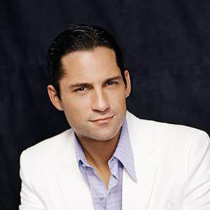 Enrique Murciano Wiki: Gay, Married, Dating, Partner, Family, Net Worth