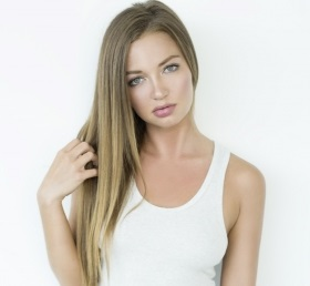 Erika Costell Wiki, Age, Height, Boyfriend, Dating, Parents, Bio