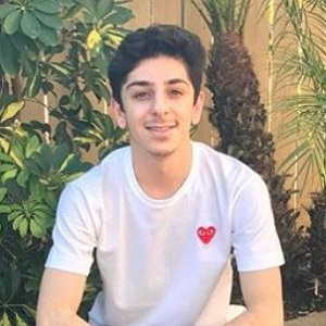 FaZe Rug Wiki: Age, Height, Parents, Girlfriend, Dating, Gay, Net Worth