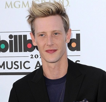 Gabriel Mann Wiki, Girlfriend, Dating, Gay, Relationship, Net Worth