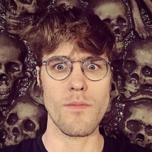 Garrett Watts Wiki: Age, Dating, Partner, Gay, Brother, Net Worth & More