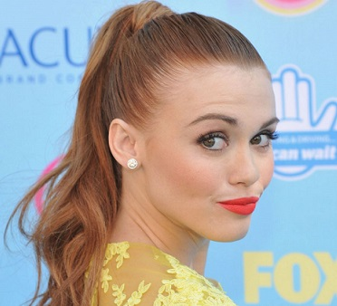 holland roden wiki boyfriend dating split rumors net