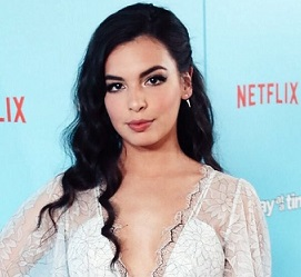Isabella Gomez Wiki, Age, Boyfriend, Dating, Parents, Siblings