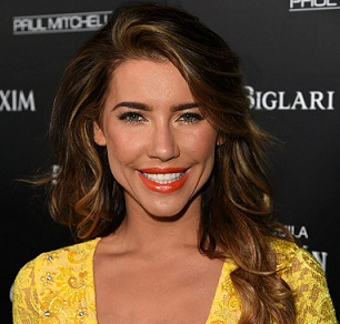 Jacqueline MacInnes Wood Married, Husband, Boyfriend, Plastic Surgery