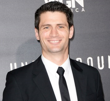 James Lafferty Married, Engaged, Wife, Girlfriend, Dating, Gay