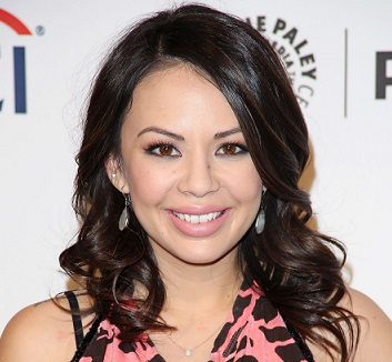 Janel Parrish Married, Boyfriend, Dating, Ethnicity, Net Worth
