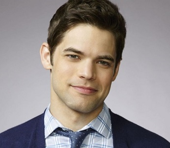 Jeremy Jordan Wiki, Married, Wife, Gay, Relationship, Family, Net Worth