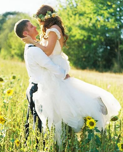 Jeremy roloff wiki wedding wife children job net worth family jeremy roloff and audrey botti captured on the wedding day on september 20 2014 photo theknot junglespirit Choice Image