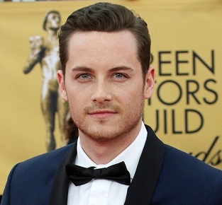 Jesse Lee Soffer Married, Wife, Girlfriend, Dating, Sophia Bush, Single