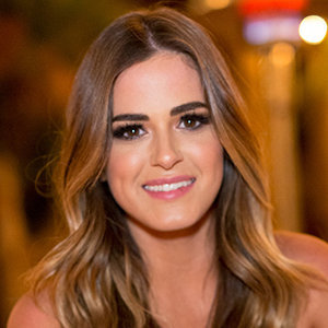 JoJo Fletcher, Jordan Rodgers' Partner Wiki: Engaged, Wedding, Job, Family