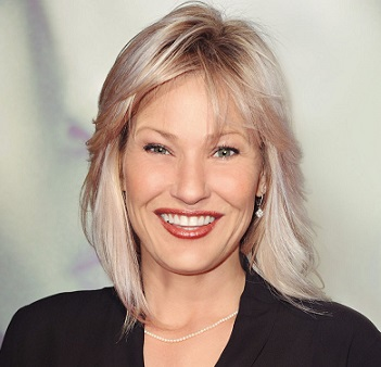 Joey Lauren Adams Wiki, Married, Husband, Lesbian, Net Worth