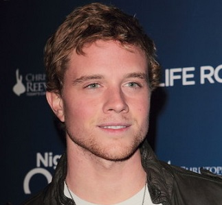 Jonny Weston Wiki: Age, Girlfriend, Dating, Gay, Net Worth, Height