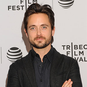 Justin Chatwin Married, Wife, Girlfriend, Dating, Gay, Family, Net Worth