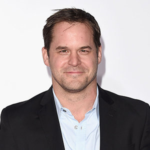 Kyle Bornheimer Wiki: Married, Wife, Girlfriend, Dating, Gay, Height, Family