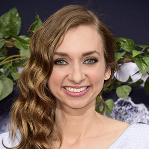 Lauren Lapkus Married, Husband, Boyfriend, Affair, Family, Net Worth, Bio