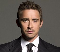 Lee Pace Wiki, Gay or Single, Girlfriend, Dating, Partner, Engaged
