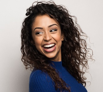 Liza Koshy Wiki, Boyfriend, Dating, Parents, Ethnicity, Net Worth