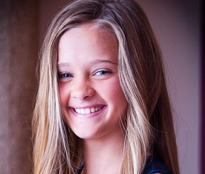 Lizzy Greene Wiki, Height, Parents, Boyfriend, Dating, Age