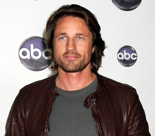 Martin Henderson Married, Wife, Girlfriend, Dating, Family, Net Worth