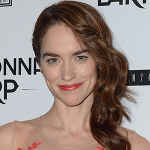 Melanie Scrofano Wiki: Age, Married, Husband, Partner, Family, Net Worth