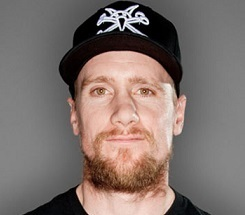 Mike Vallely Married, Wife, Girlfriend, Dating, Gay, Net Worth