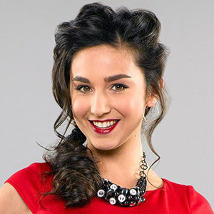 Molly Ephraim Wiki: Married, Husband, Boyfriend, Dating, Ethnicity, Net Worth