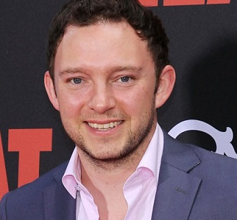 Nate Corddry Married, Wife, Girlfriend, Dating, Gay, Height, Family