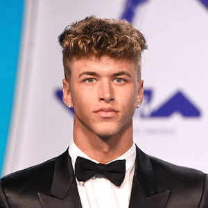 Nate Garner Wiki: Age, Height, Girlfriend, Dating, Gay, Family, Siblings