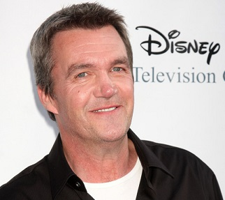 Neil Flynn Married, Wife, Partner, Girlfriend, Gay, Weight Loss, Net Worth