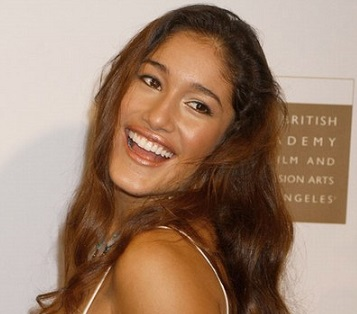 Q'orianka Kilcher Wiki, Married, Boyfriend, Dating, Affair, Ethnicity, Family