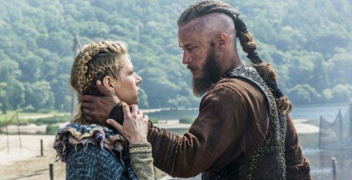Travis Fimmel Wife Girlfriend Gay Brother Net Worth